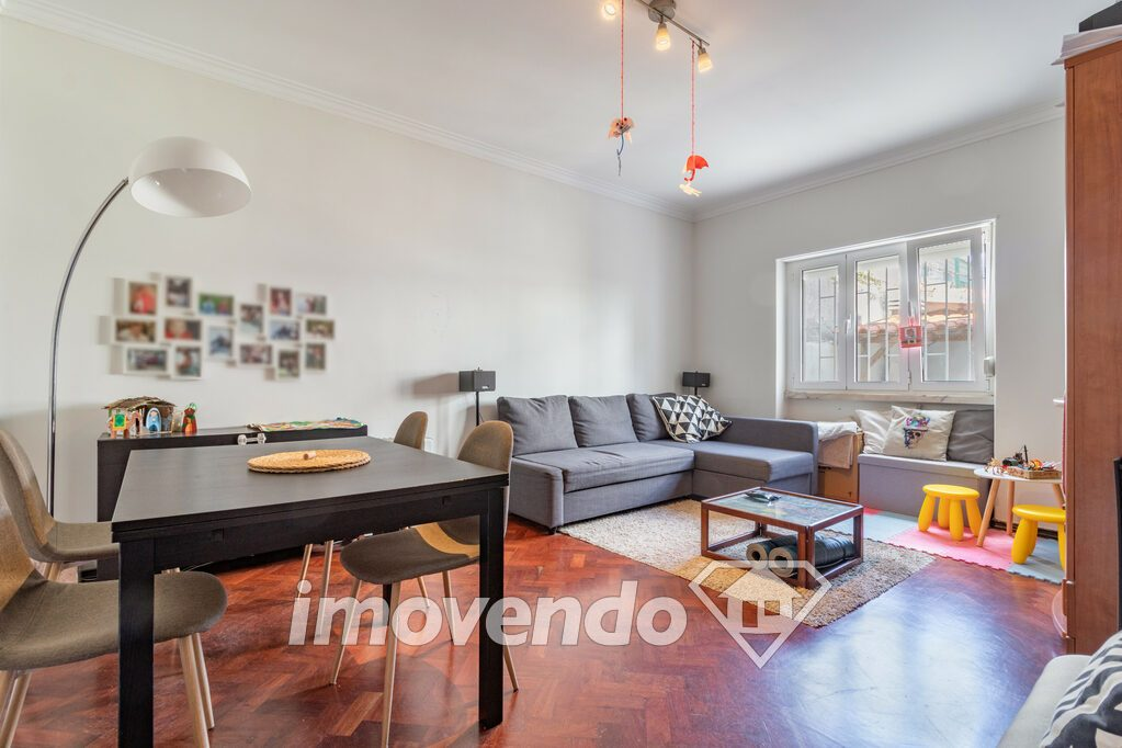Apartment T2 in Cascais, Carcavelos with 62 m<sup>2</sup> by 250.000